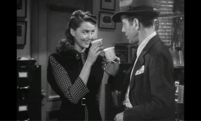 Big Sleep (1946) Dorothy Malone & Humphrey Bogart Toasting